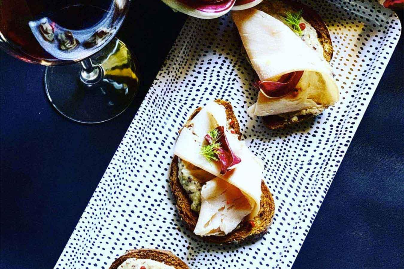 Aperitivo fai da te: Ricette furbe per un perfetto aperitivo casalingo